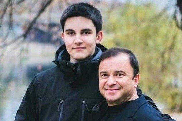 """""""Павле. Тато поруч. Тато любить"""": Віктор Павлік звернувся до хворого на рак сина після його заяви про припинення лікування"""