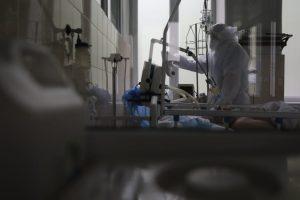 Вірус мутує, пневмонія розвивається за лічені дні –  інфекціоніст