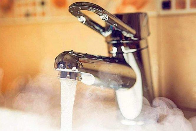 Через зупинку котелень тернополяни на сім тижнів залишаться без гарячої води (СПИСОК)