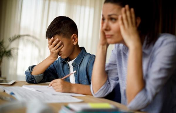 """""""До шкіл не пускатимуть учнів та вчителів з підвищеною температурою"""": у МОЗ повідомили про нові правила навчання"""