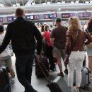 Бізнесмен запропонував Зеленському обкладати податком тих, хто їхатиме за кордон (ВІДЕО)