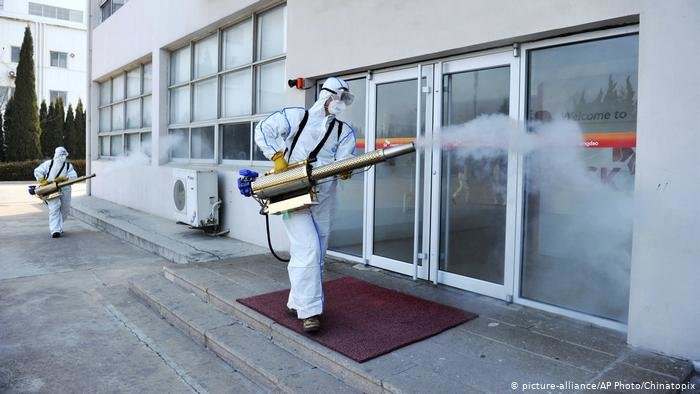 На заводі на Тернопільщині — спалах коронавірусу: підприємство збираються закрити