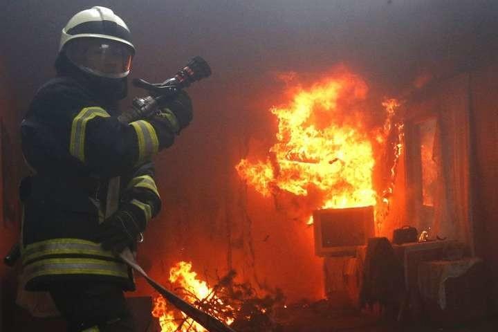 На Тернопільщині під час пожежі в ліжку виявили обгоріле тіло людини
