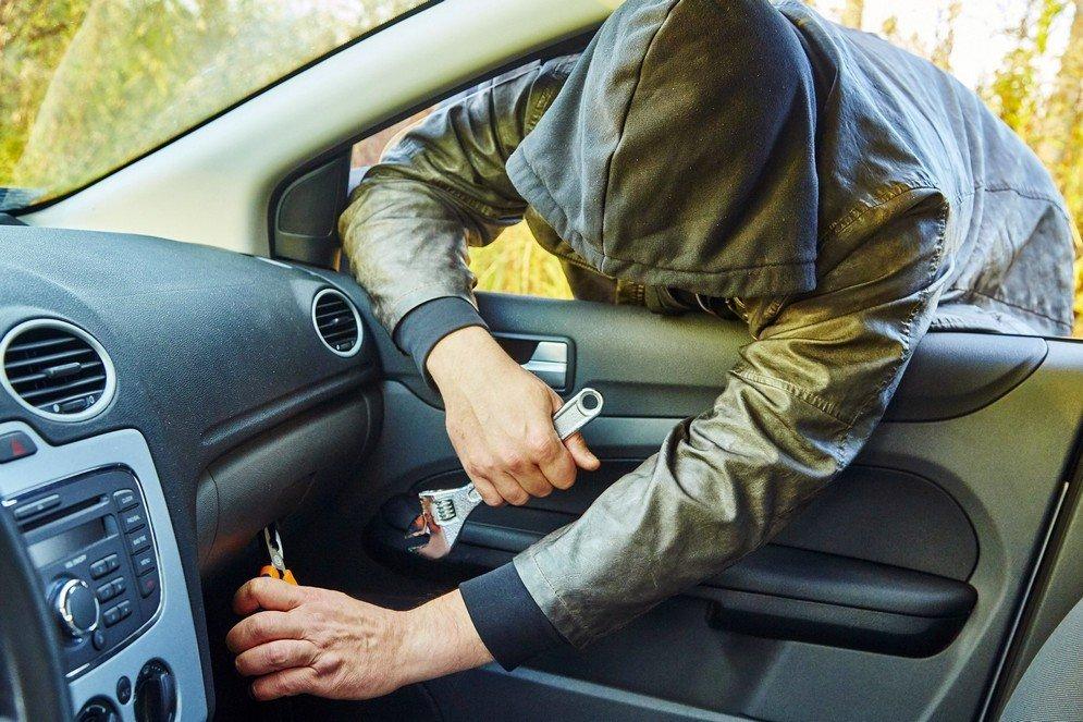 У Тернополі та області почастішали крадіжки з автомобілів