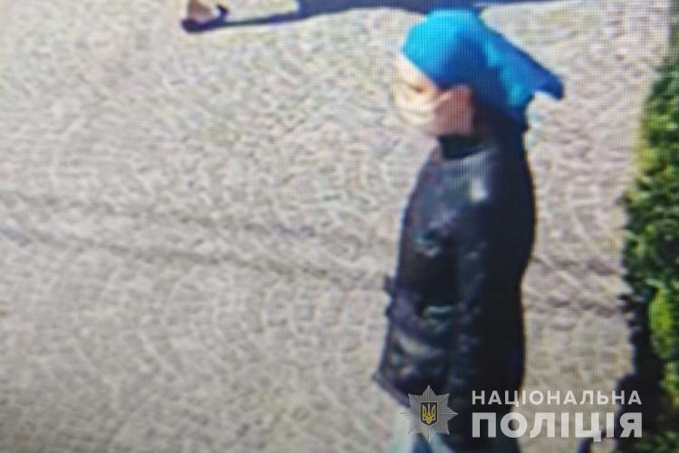 """""""Викрадати не хотіла"""": знайшли жінку, яка підійшла до чужої дитини у центрі Тернополя (ФОТО)"""