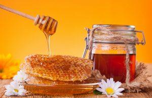 Не сплутайте: мед — це цукор, а не ліки