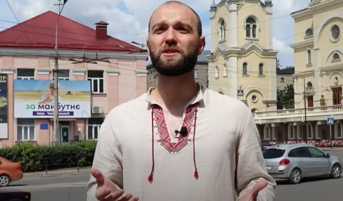 """""""Дуже страшно, коли всю ніч кричать люди, зриваються гранати"""", – священник з Білорусі, який живе у Тернополі"""