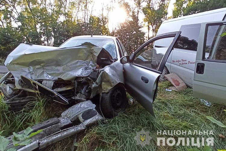 Аварія біля Заліщиків: обидва водії – в лікарні
