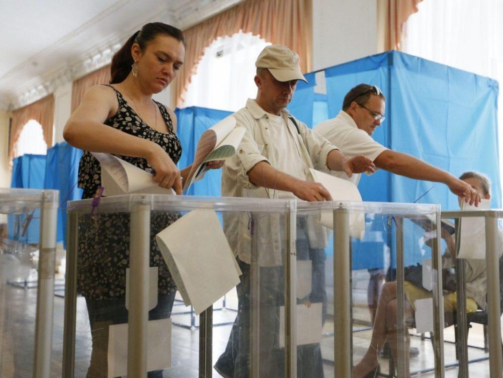 Чотири бюлетені: кого будемо обирати на місцевих виборах?