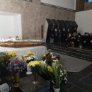 """""""Це була не просто людина, а цілий світ"""": Тернопіль попрощався із вбитою завучкою"""