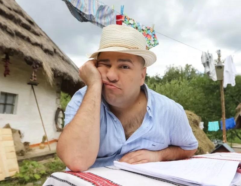 Комік Віктор Гевко буде змагатися за посаду міського голови Тернополя