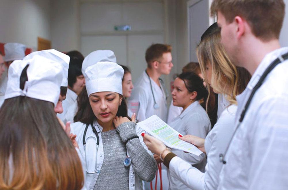 На Тернопільщині хворих на COVID-19 лікуватимуть інтерни і студенти