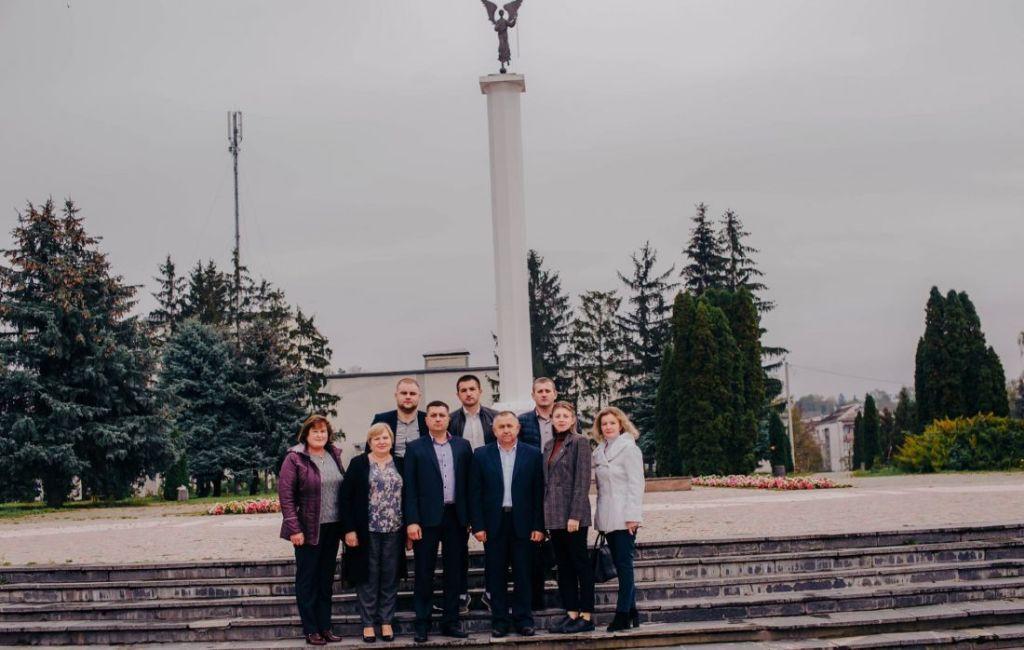 На Гусятинщині «Довіра» представила своїх кандидатів до місцевих рад