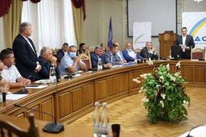 На вимогу суду Бучацька ТВК  зареєструвала партію «Довіра» для участі у місцевих виборах
