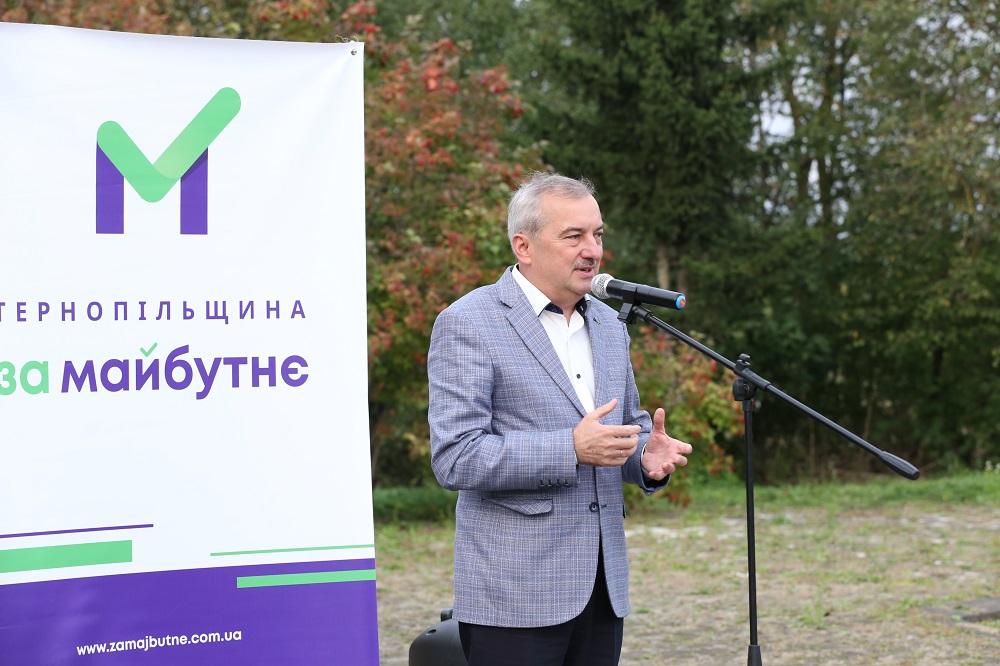 Команда Чайківського єдина, хто виборцям на місцях представляє своїх кандидатів