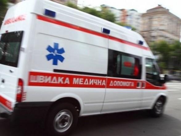 У Тернополі рятували чоловіка, який стікав кров'ю