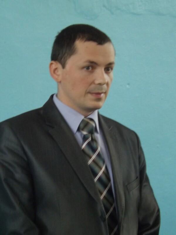На Кременеччині міським головою став директор школи? Попередні результати (ФОТО)