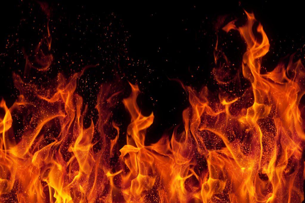 На Тернопільщині син побив батька, а потім підпалив його