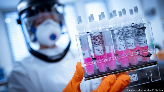 Сюрприз від COVID-19: коронавірус може залишитися назавжди і повільно руйнувати організм: українські лікарі зробили несподівану заяву