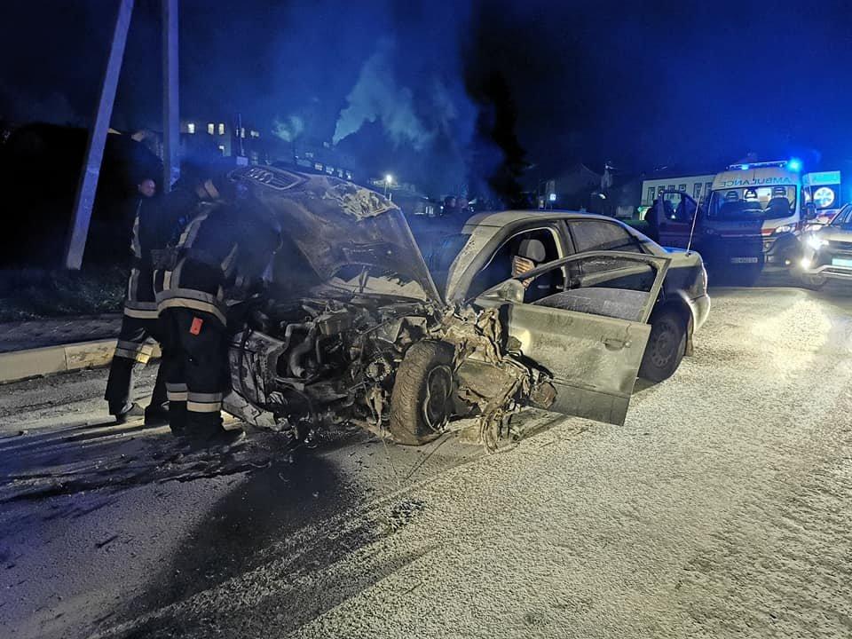 """""""Люди стікали кров'ю"""": п'яний водій спричинив відразу дві страшні ДТП на Тернопільщині (ФОТО)"""