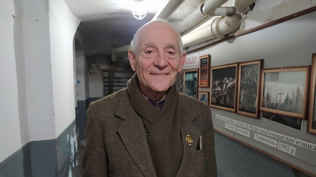 У Тернополі є чоловік, якому уже 89 років і він щодня ходить на роботу (ФОТО)