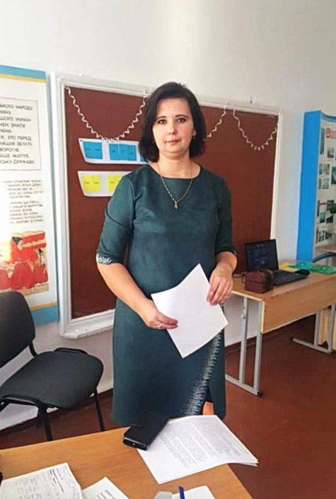 Вчителька з Тернопільщини поділилася страшною історією про те, як хворіла на COVID-19