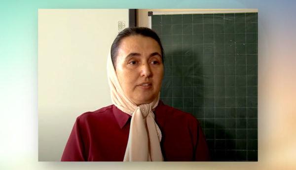 """""""Маска – це смерть"""": учительку оштрафували на 17000 грн, а вона все одно не носить засоби захисту (ВІДЕО)"""