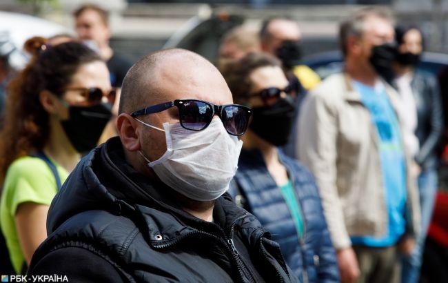 В Україні ввели карантин вихідного дня