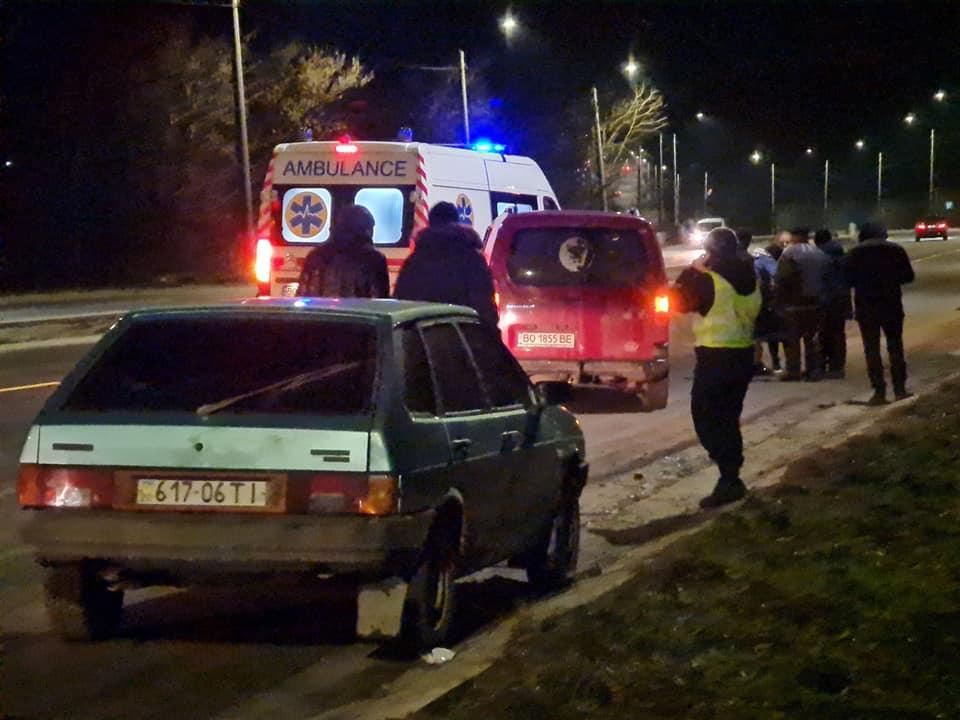 ДТП біля Березовиці: перекинувся автомобіль із дитиною (ФОТО)