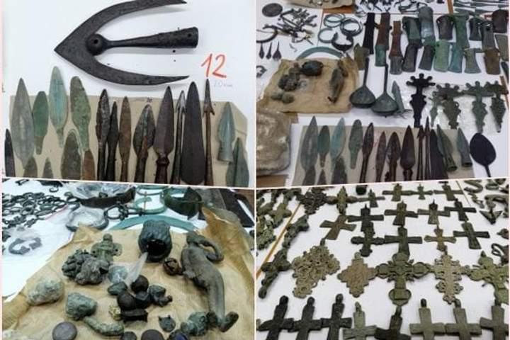 Сербські митники затримали потужну контрабанду антикваріату з України (ФОТО)