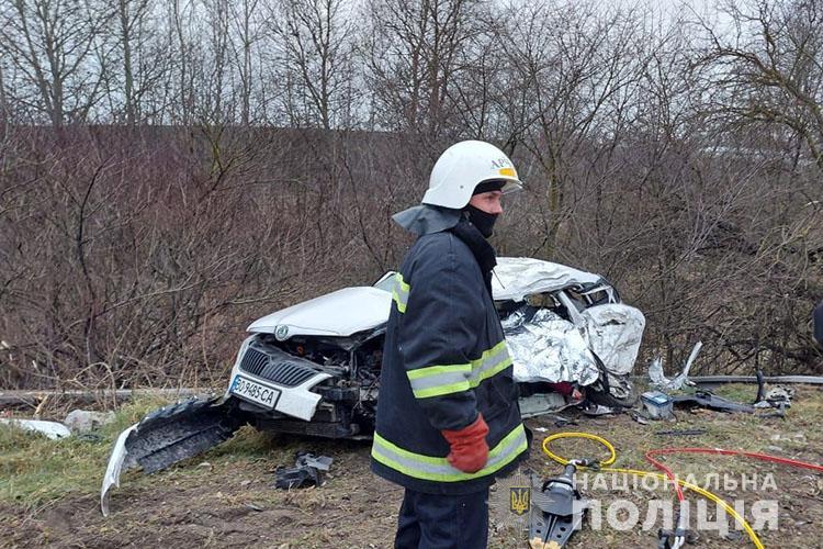 Уже відомо, у якому стані 31-річна вагітна, яка потрапила біля Тернополя у масштабну аварію, де загинув водій (ФОТО)