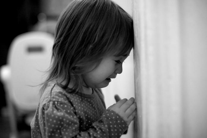 Поліція перевіряє чи поранила ножем мама свою доньку у Березовиці
