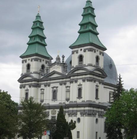 У Тернополі греко-католицька церква надаватиме кисневі концентратори