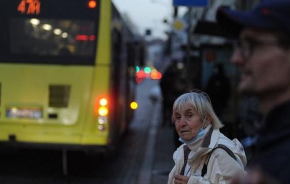 """""""Ходили без захисту"""": на Тернопільщині за неносіння масок оштрафували 461 людину"""