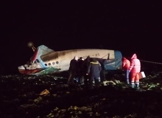 На Тернопільщині упав літак: пілот загинув (ФОТО)