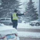 У Тернополі засніжило: патрульна поліція звернулася до водіїв та пішоходів