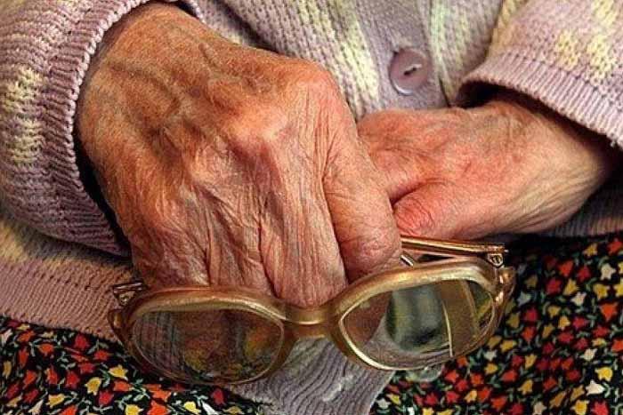 18 стареньких на Бережанщині залишилися без ліків і продуктів