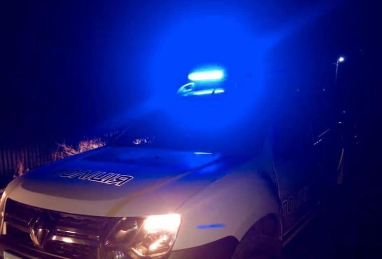 На Тернопільщині молода жінка потрапила в аварію: автомобіль перекинувся і загорівся