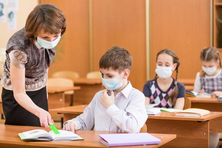 Навчання в українських школах відновлять 25 січня