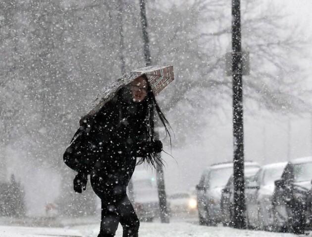 Зима повертається? На Різдвяні свята над Тернопільщиною лютуватиме циклон