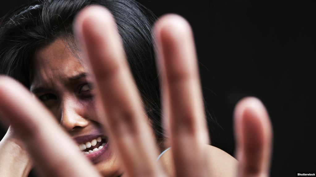 Домашнє насильство на Тернопільщині: судитимуть трьох тиранів, які знущалися над жінками