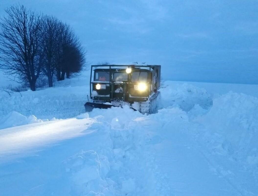 На Лановеччині залишається заблокованою дорога до 8-ми сіл