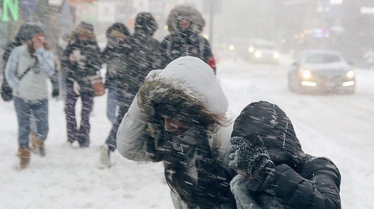 Сильний сніг, хуртовини та мороз до -20°: циклон принесе в Україну складні погодні умови