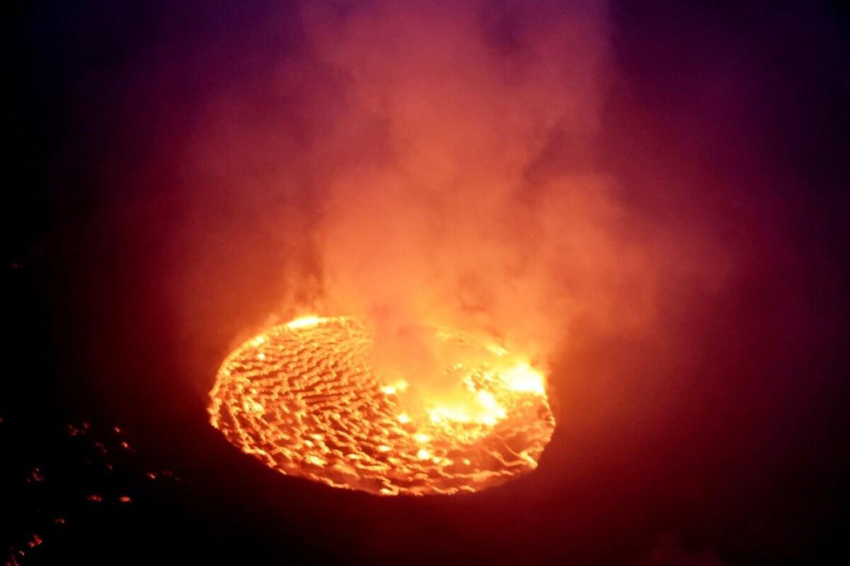 """""""Вражаюче"""": військовослужбовець з Тернополя показав один з найактивніших вулканів у світі (ФОТО)"""