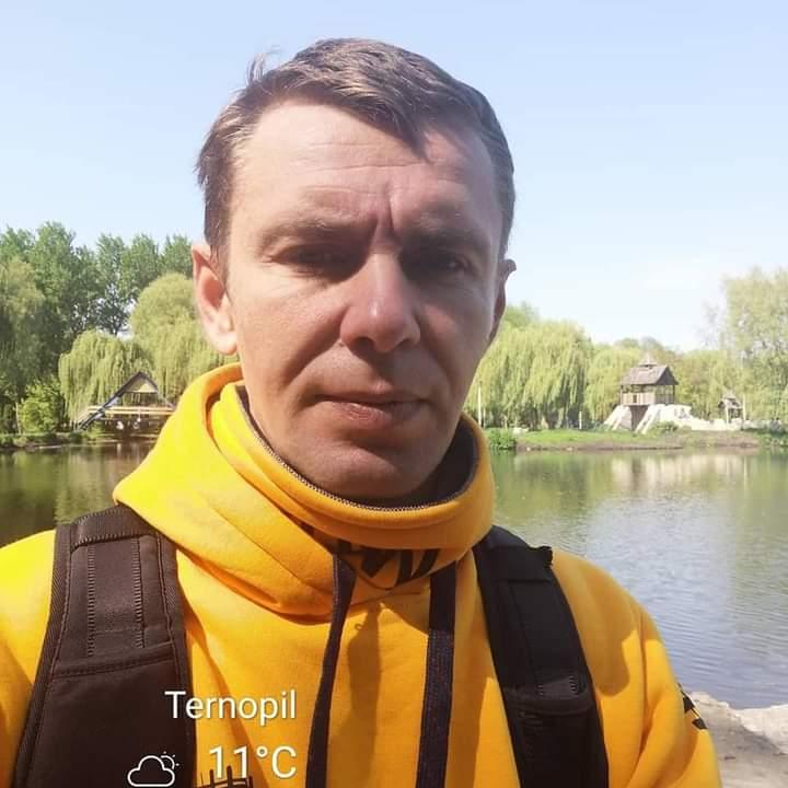 Сергію Ухману із Чорткова, який постраждав в аварії автобуса в Польщі, збирають кошти на лікування