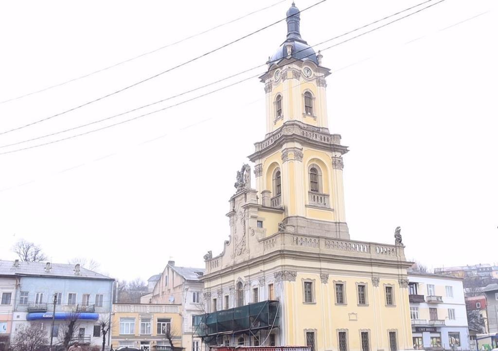 Завершити реставрацію: Бучацька громада шукає шляхи відновлення міської ратуші (ВІДЕО)