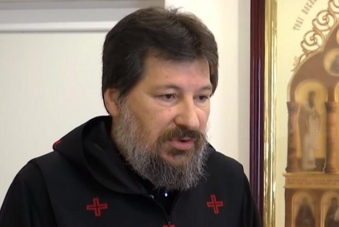 Тернопільсько-Зборівська єпархія закликає мирян не користуватися послугами відомого екссвященника, якого позбавили сану