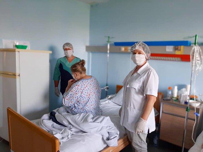 На Тернопільщині з дня в день спостерігається стрімке поширення COVID-19: офіційна інформація
