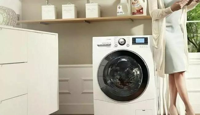 На Тернопільщині 28-річний чоловік пошкодив вікно в будинку та виніс пральну машинку