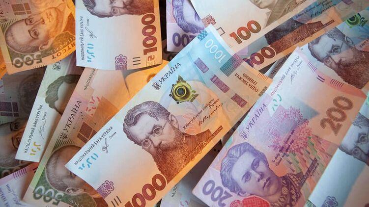 Кому на Тернопільщині пропонують зарплати по 20000 гривень
